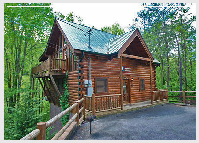 Bear Camp Cabin Rentals, Pigeon Forge Cabins, Gatlinburg Cabins