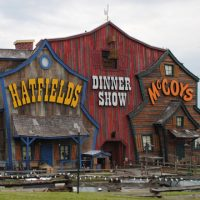 hatfield-and-mccoy-dinner-show